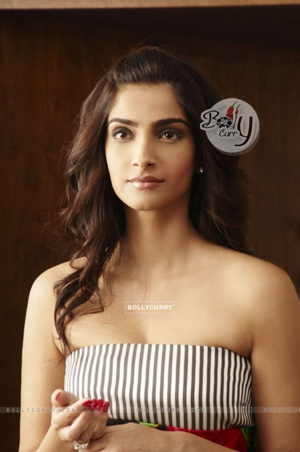 Sonam Kapoor in the movie Thank You (125591)