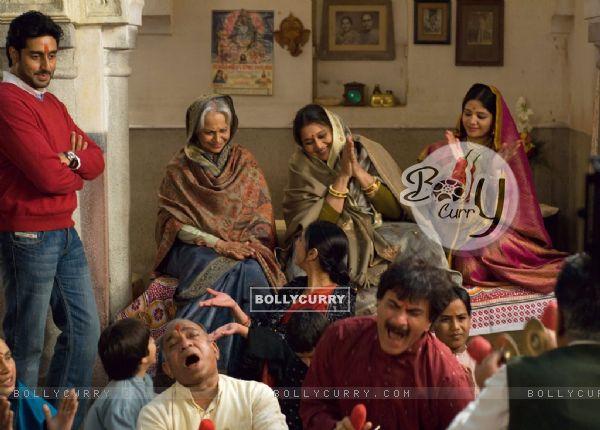Abhishek Bachchan,Waheeda Rahman and Supriya Pathak in Delhi-6