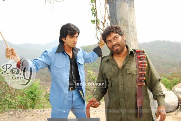 Sonu Sood and Johny doing the act of Sholay