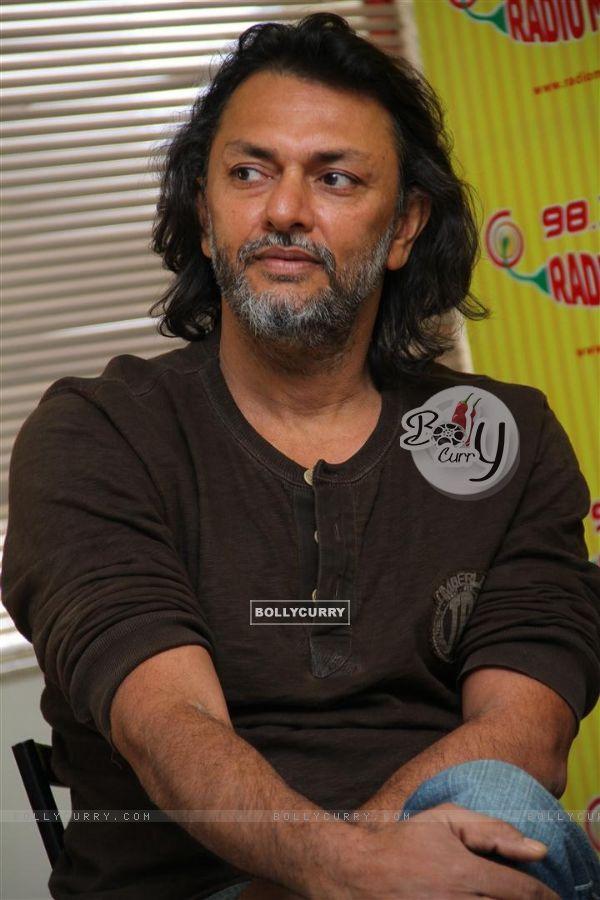 BollyCurry : Rakeysh Omprakash Mehra at Radio Mirchi ...