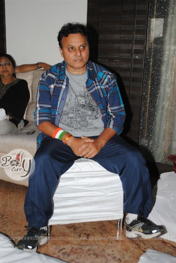 Director Anil Sharma hosted the cricket screening at his house