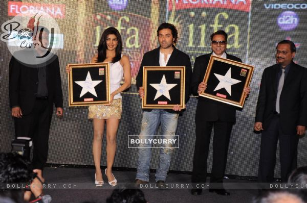 Priyanka Chopra, Dharmendra and Bobby Deol at IIFA press meet at Grand Hyatt