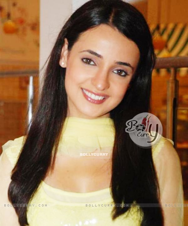 Sanaya on the sets of Miley Jab Hum Tum (152234)