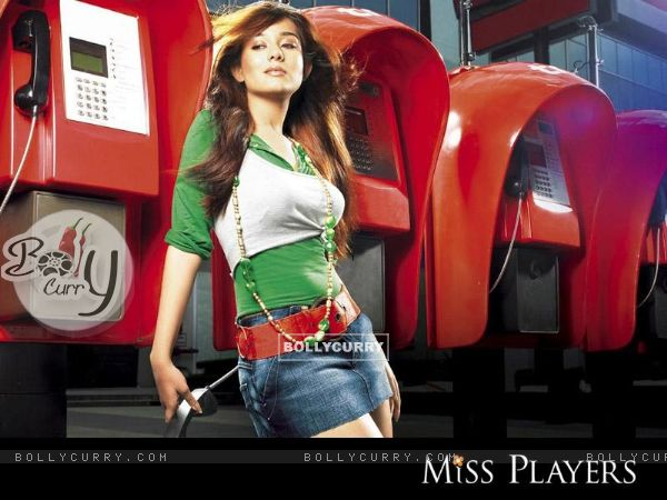 Amrita Rao on Miss Players in short jeans (15358)