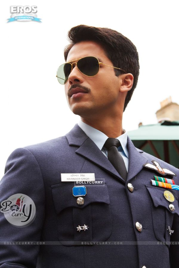 Shahid Kapoor as Harry in the movie Mausam