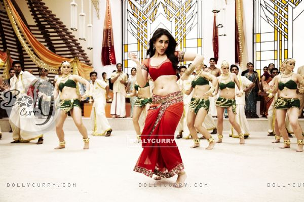 Kareena Kapoor in the movie Ra.One (158774)