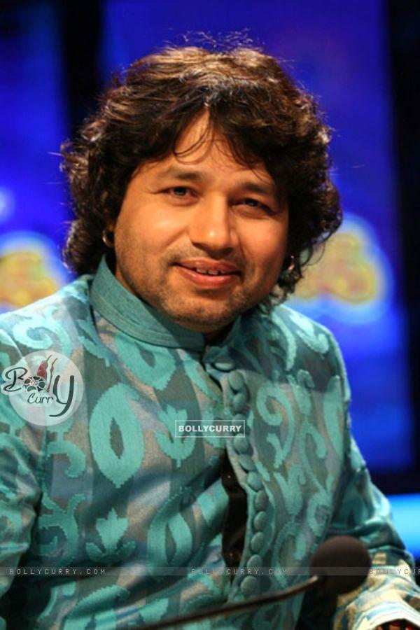 Kailash Kher as a judge in Sa Re Ga Ma Pa Li'l Champs Music ka Gurucool