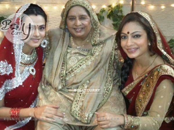 Tarana and Kajal celebrating Karva Chauth on BALH