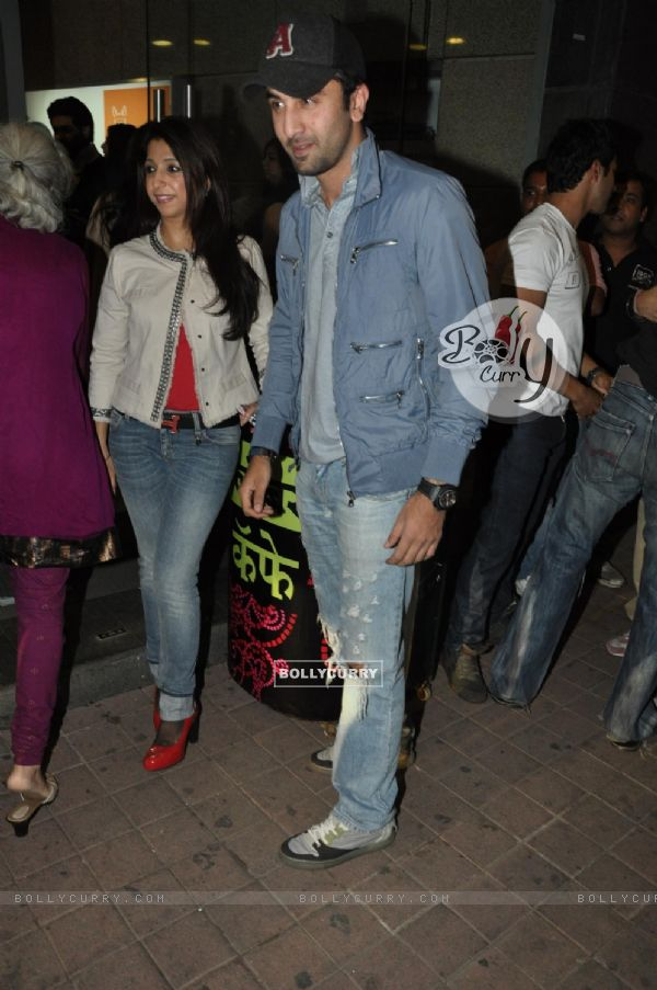 Ranbir Kapoor grace screening of film 'Desi Boyz' (171697)