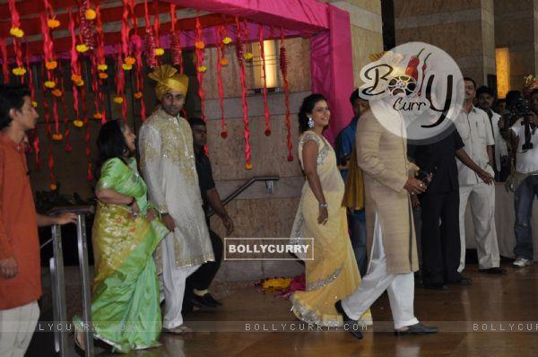 Ajay & Kajol Devgn, Jaya & Abhishek Bachchan grace Ritesh Deshmukh & Genelia Dsouza wedding bash
