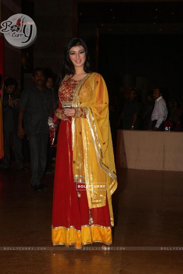 Ayesha Takia Grace Ritesh Deshmukh Amp Genelia Dsouza Wedding Reception In Mumbai