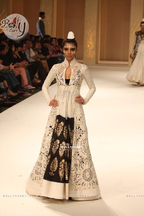 Bollycurry Designer Rohit Bal Fashion Show At Grand