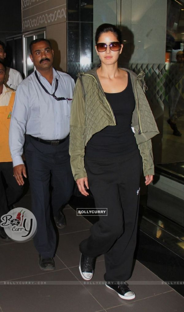 Katrina Kaif arrived at Mumbai airport from London
