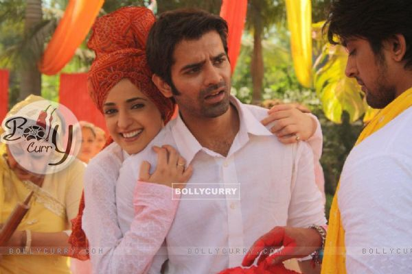 Barun and Sanaya - Holi