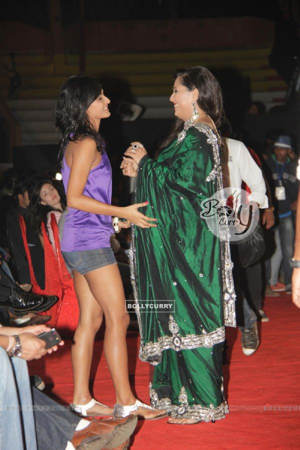 Geeta Kapoor and Shakti Mohan at Dance India Dance Season 3 Grand Finale in Mumbai