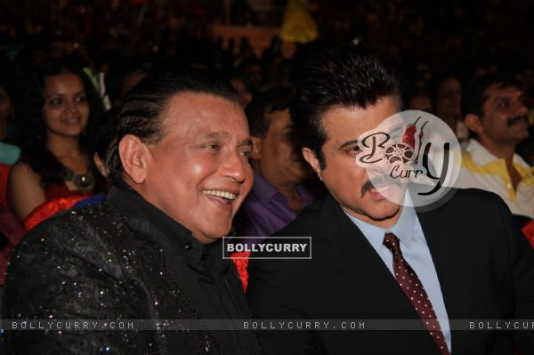 Mithun Chakraborty and Anil Kapoor at Dance India Dance Season 3 Grand Finale in Mumbai
