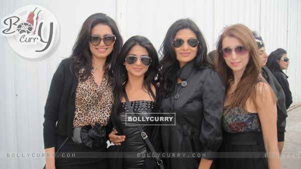 Jennifer Winget, Claudia Ciesla and Karishma Tanna on Zor Ka Jhatka
