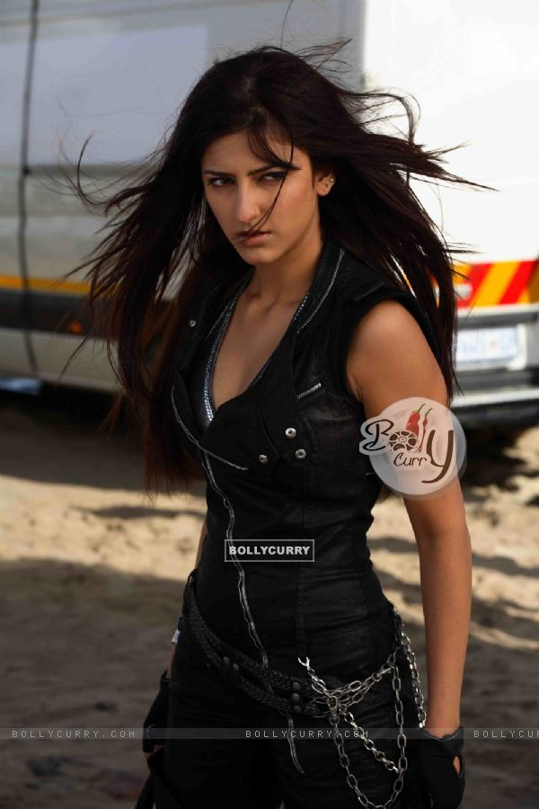 Shruti Hassan looking angry