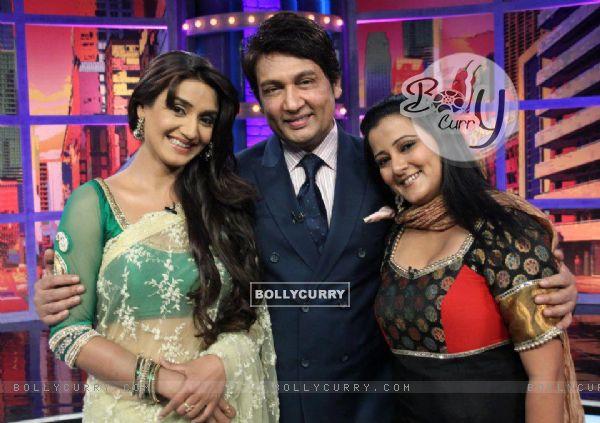 Rati Pandey ,Shekhar Suman & Smita Singh on Movers & shakers set