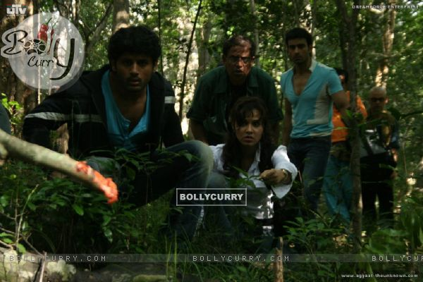 A still scene from Agyaat movie