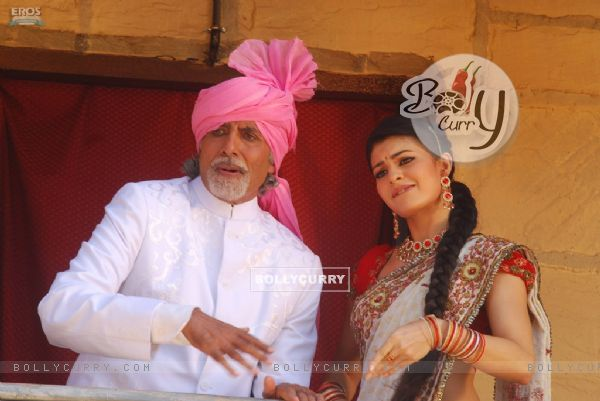 Amitabh Bachchan and Jacqueline Fernandes in Aladin movie (20564)