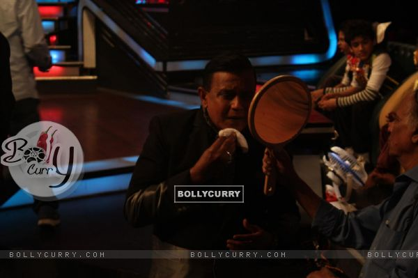 Mithun Chakraborty on the sets of Dance India Dance