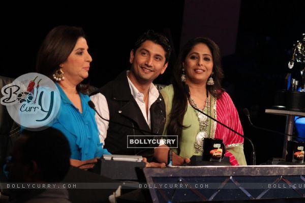 Farah Khan, Marzi Pestonji and Geeta Kapur on the sets of Dance India Dance