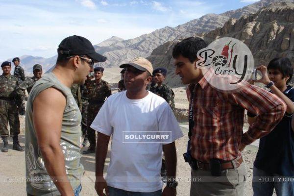 Mohnish Bahl with Salman Khan