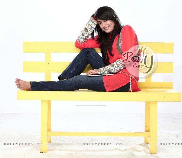 Surbhi as Zoya