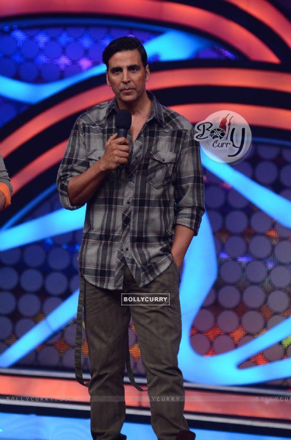 Akshay Kumar On Nach Baliye to promote Special 26