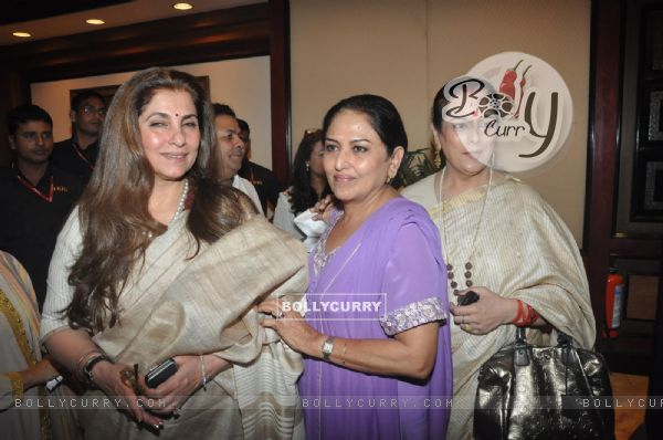 Dimple Kapadia, Anju Mahendroo and Poonam Sinha at the Unveiling of the Statue of Rajesh Khanna