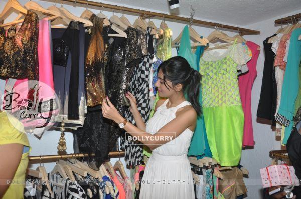 Amrita Rao checks out the collection at LASHA