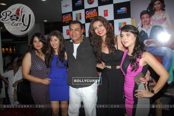 Manjari Phadnis, Pradeep Rawat, Karishma Tanna and Sonalee Kulkarni at the Grand Masti Music Launch