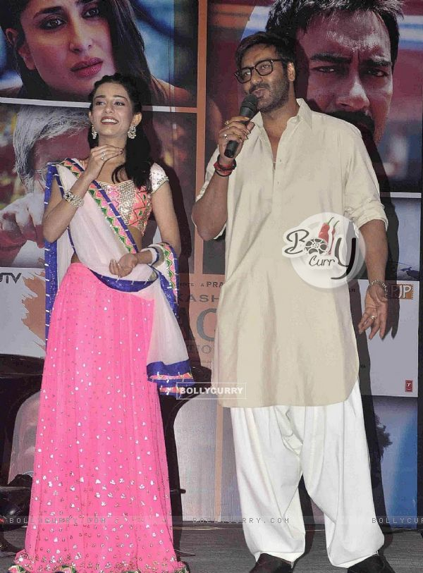 Ajay Devgn and Amrita Rao at Satyagraha movie team during the promotion