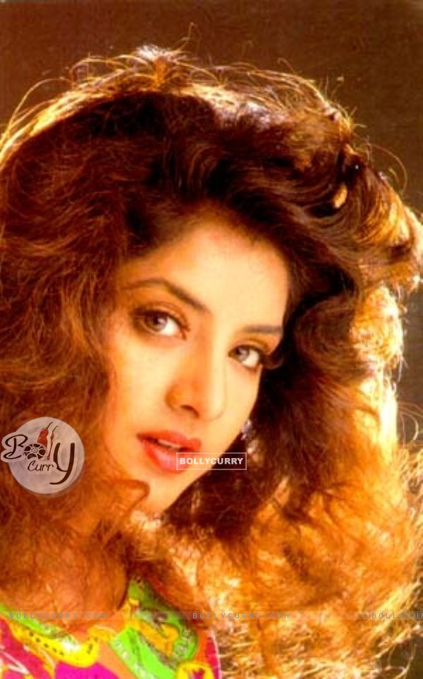 Divya Bharti - Gallery Colection