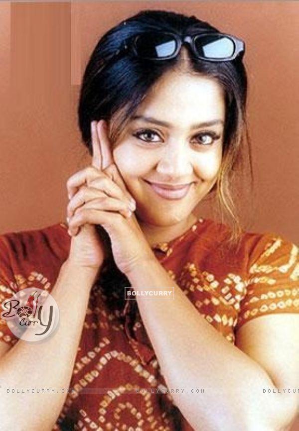 http://img.bollycurry.com/images/600x0/29907-jyothika-saravanan.jpg