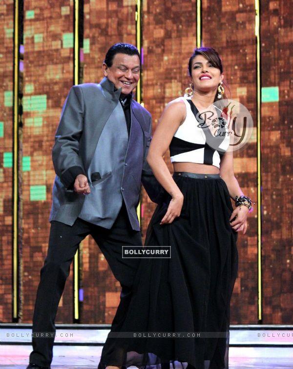 Mithunda and Priyanka perform on DID season 4