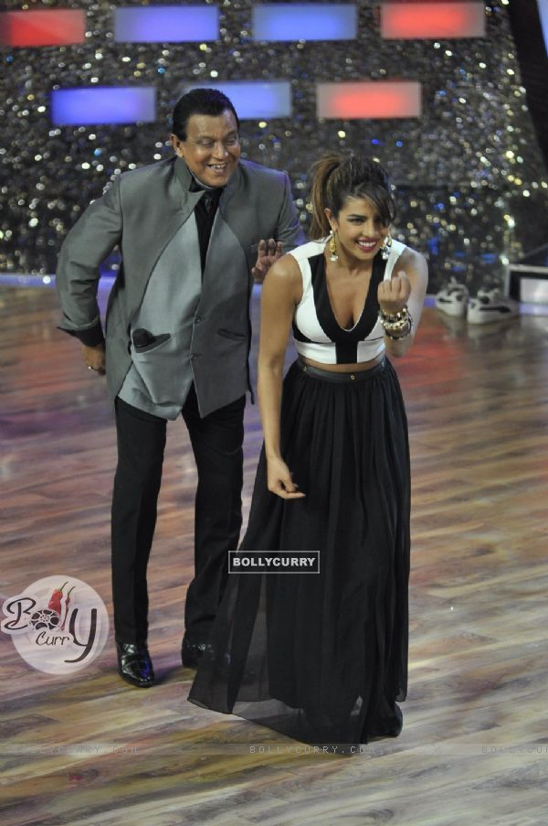 Mithunda and Priyanka perform on DID season 4