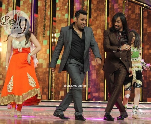 Promotions of 'Queen' on DID Season 4