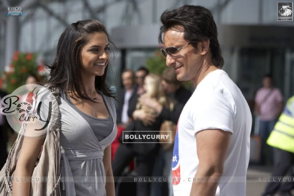 Saif Ali and Deepika looking gorgeous (31361)