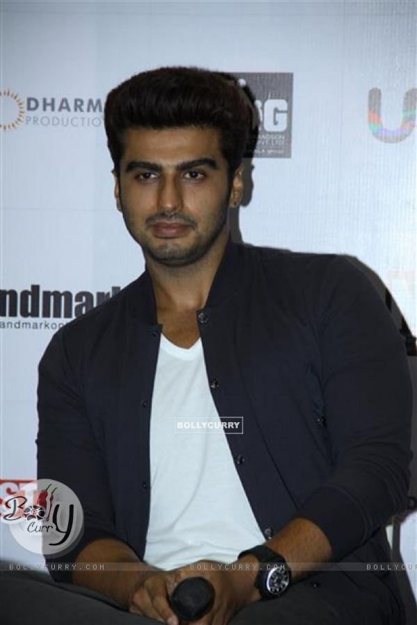 Arjun Kapoor at the New Cover launch of the book '2states' (316685)