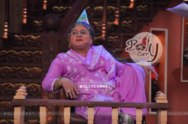Dadi in the confession box on Comedy Nights With Kapil