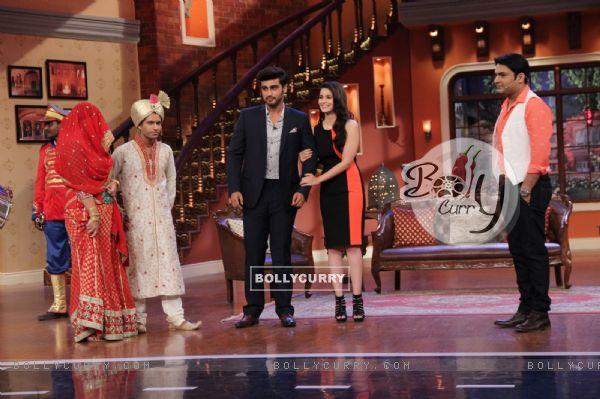 Alia Bhatt and Arjun Kapoor on Comedy Nights With Kapil (317894)