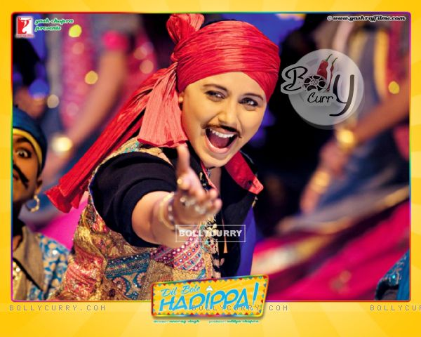 http://img.bollycurry.com/images/600x0/31964-rani-mukherjee-wallpaper-from-the-movie-dil-bole-hadippa.jpg