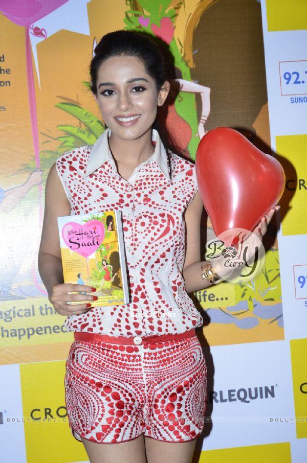 Amrita Rao unveils 'When Hari Met His Saali'