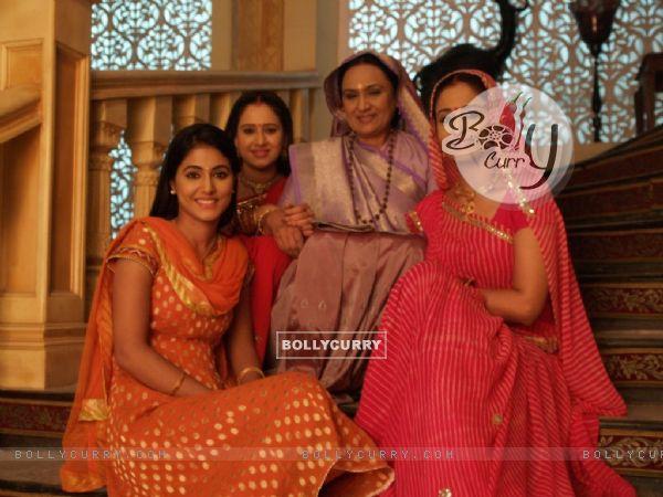 Hina Khan, Lata Sabharwal, Vinita Malik and Pooja Joshi in Yeh Rishta Kya Kehlata Hai