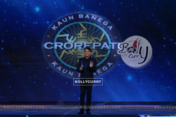 Kapil Sharma performing at the Grand KBC 8 Opening in Surat