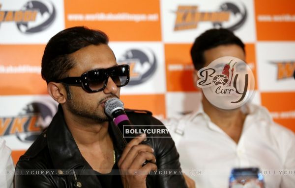 Honey Singh addresses the media at the Launch of World Kabaddi League in London (331591)