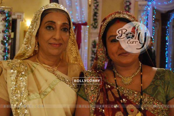 Kaushalya with mother Sumitra