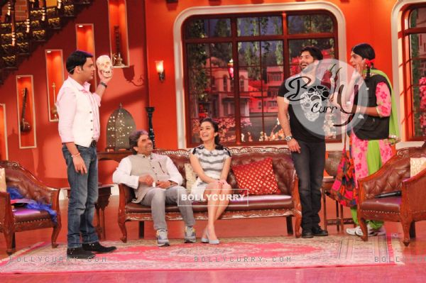 Cast of Haider on Comedy Nights With Kapil